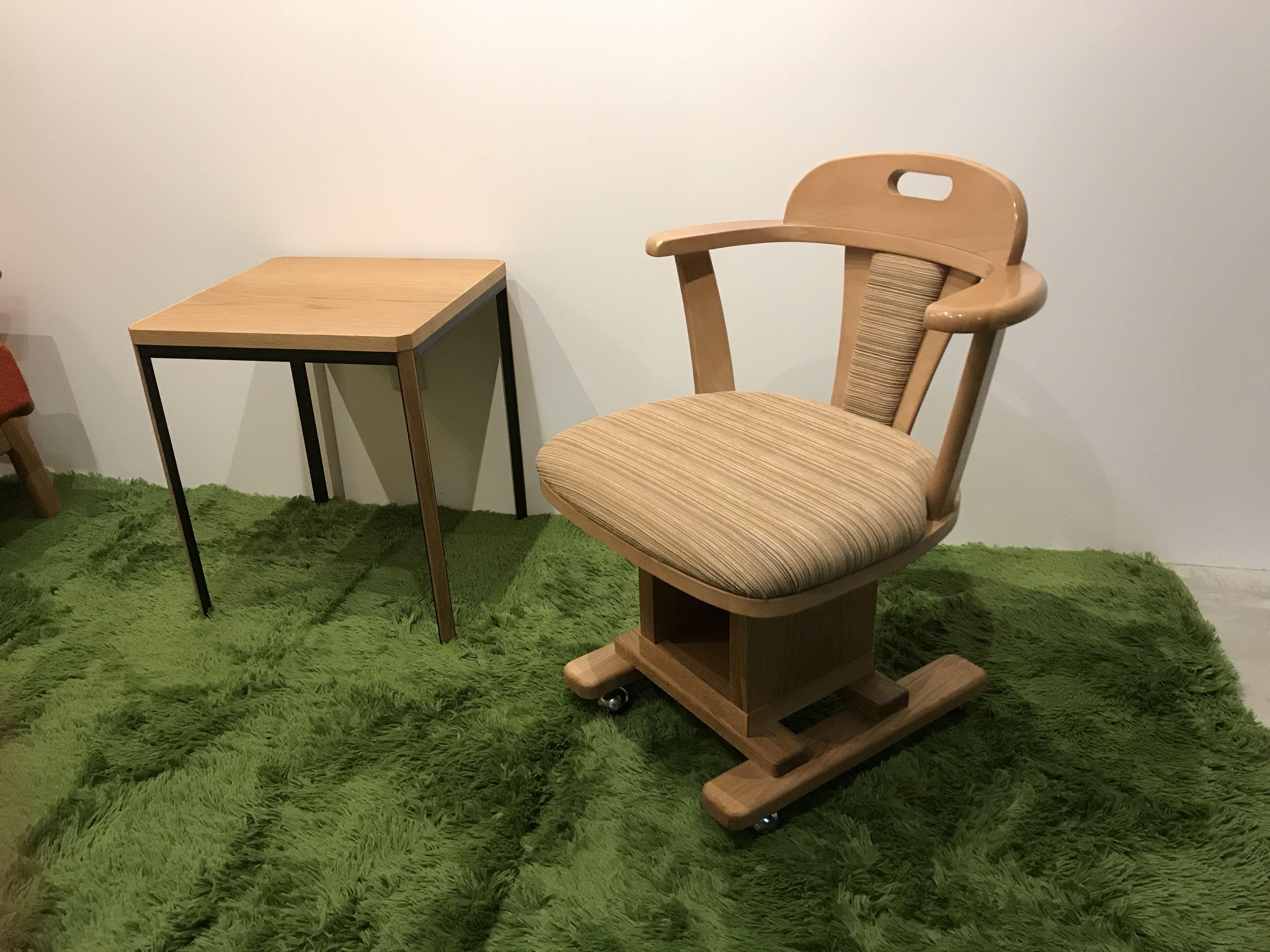 脚の作り直しと座面の張替えリメイクで生まれ変わった椅子