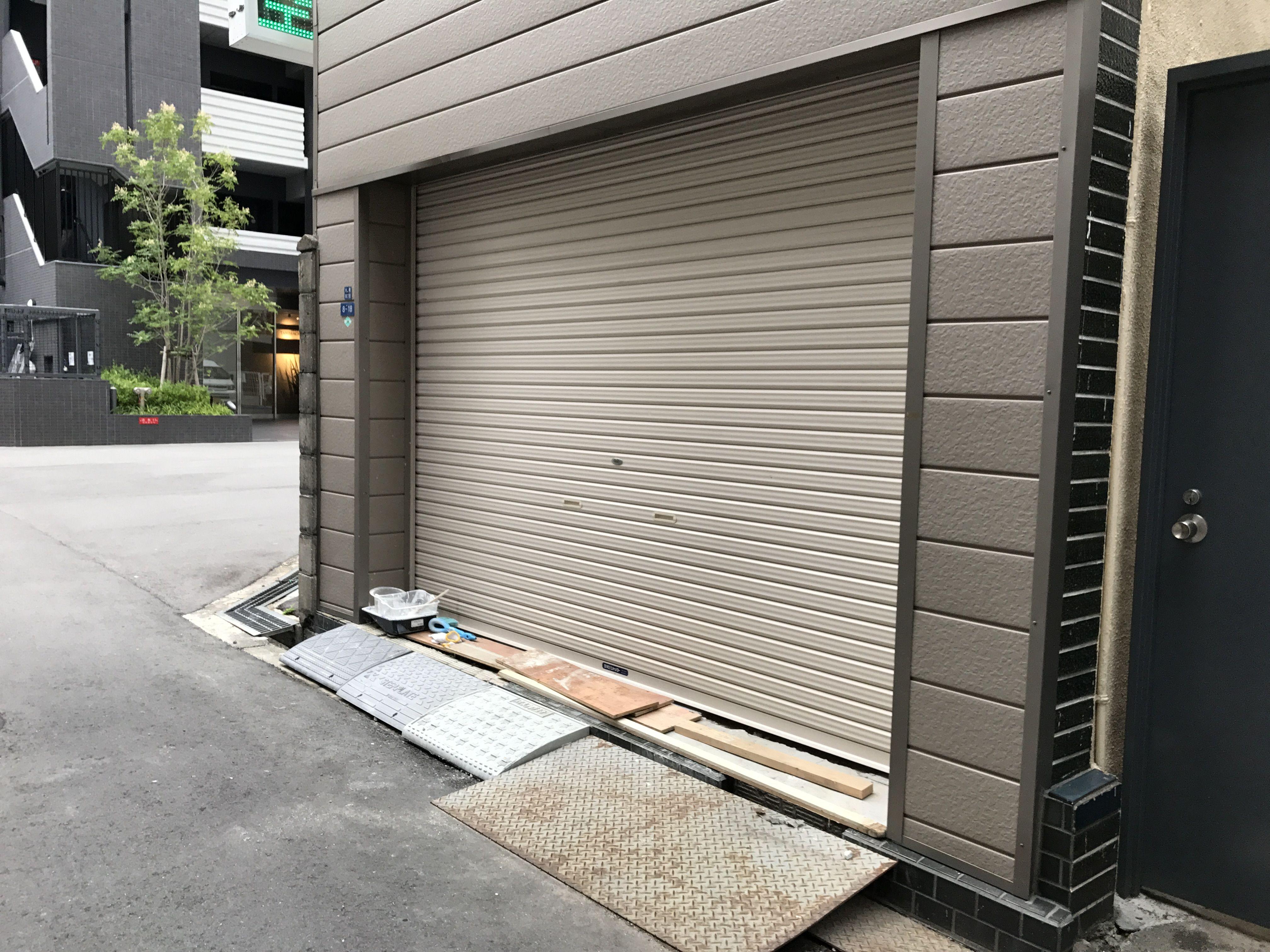 タニヨンベースオープン直前の入り口