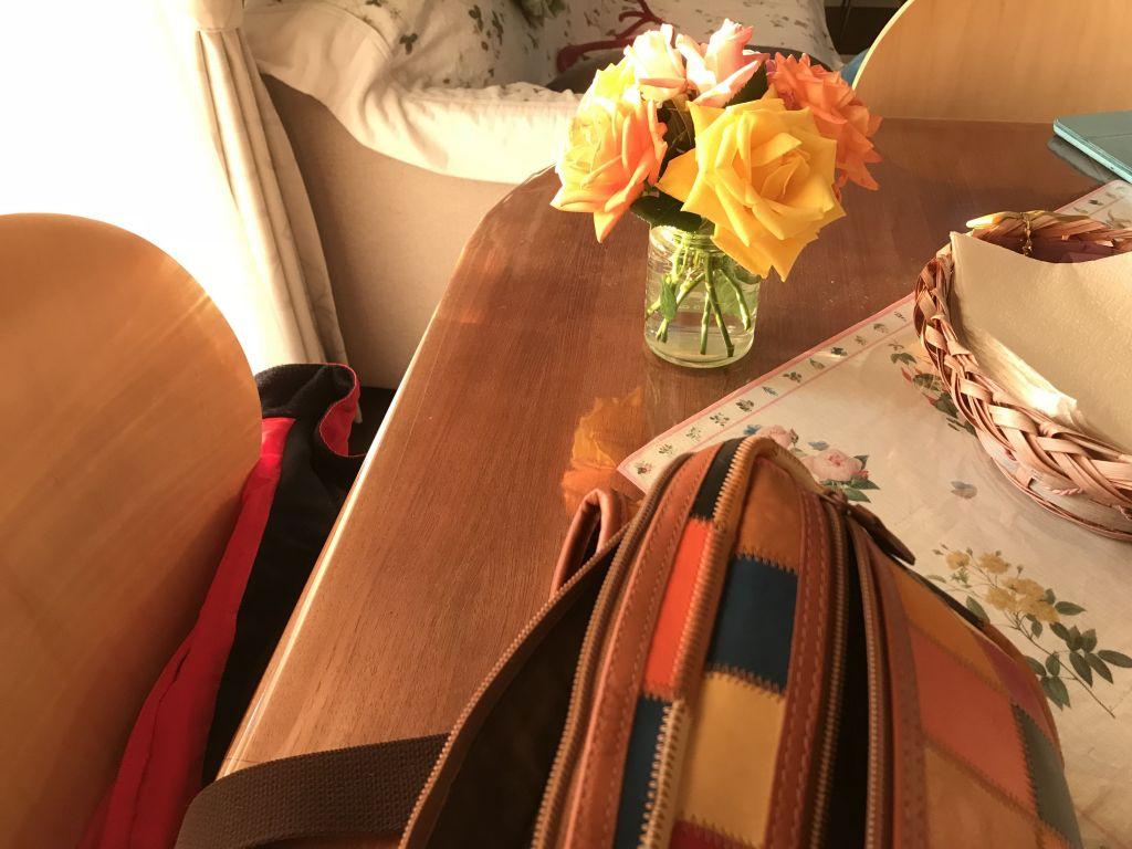 お客さまのお宅でオーダー&リメイク家具のお見積り