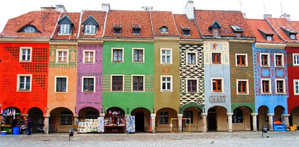 オシャレな街並みのポーランドのイメージ