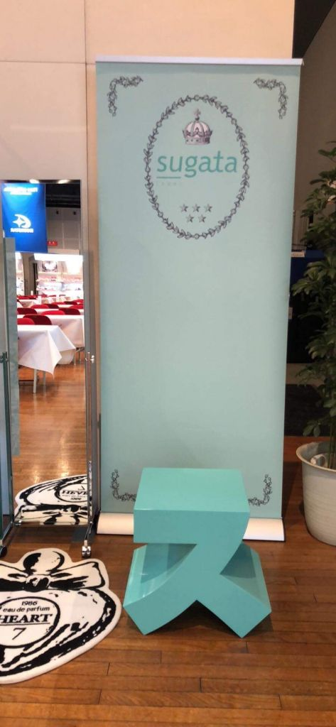 株式会社ムーンスター様のパンプスブランド「SUGATA(スガタ)」の展示会で活躍するスイス
