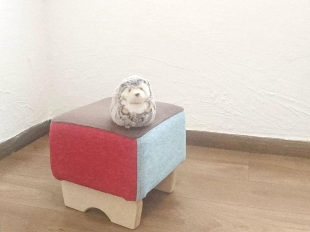 繊維壁から漆喰壁に塗り替えられたお客さまのお部屋にmonpestool