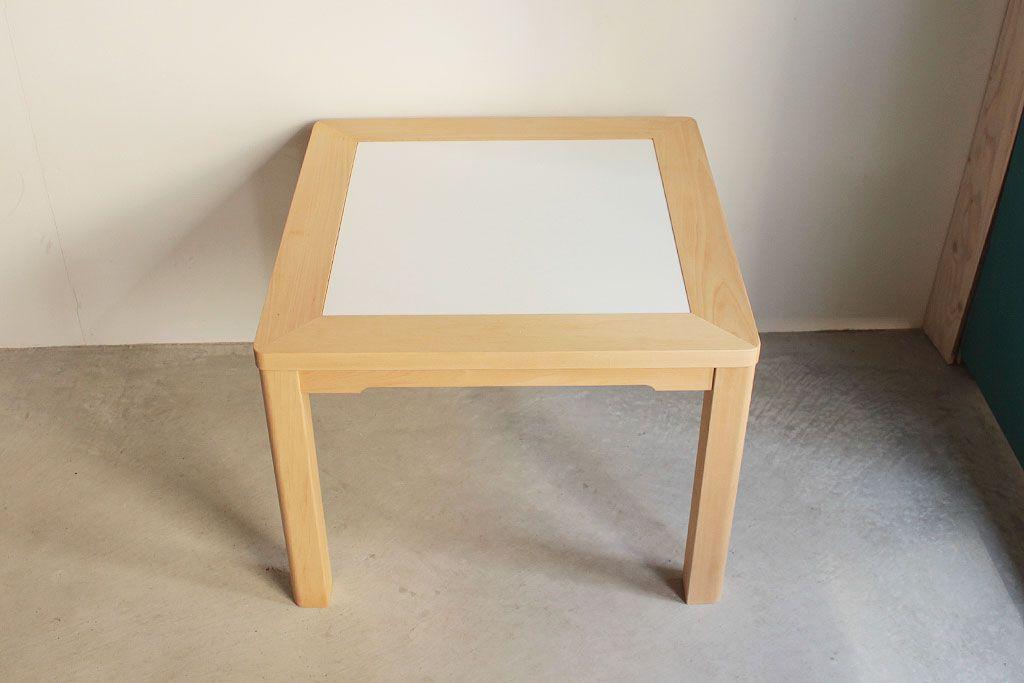 自分スタイルで自由にアレンジがコンセプトの『JYU-NI TABLE S60』