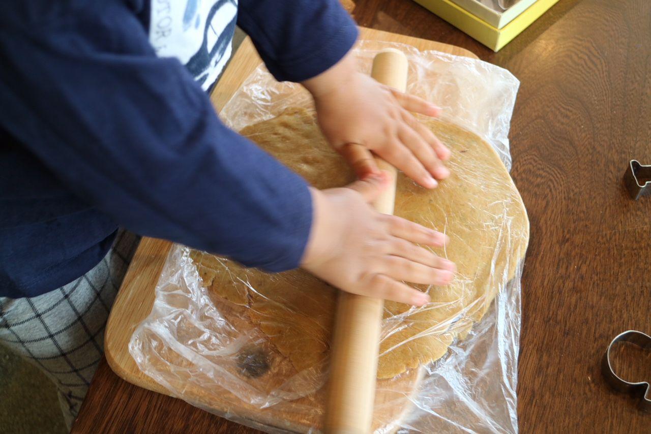 幼児と一緒にお菓子作り