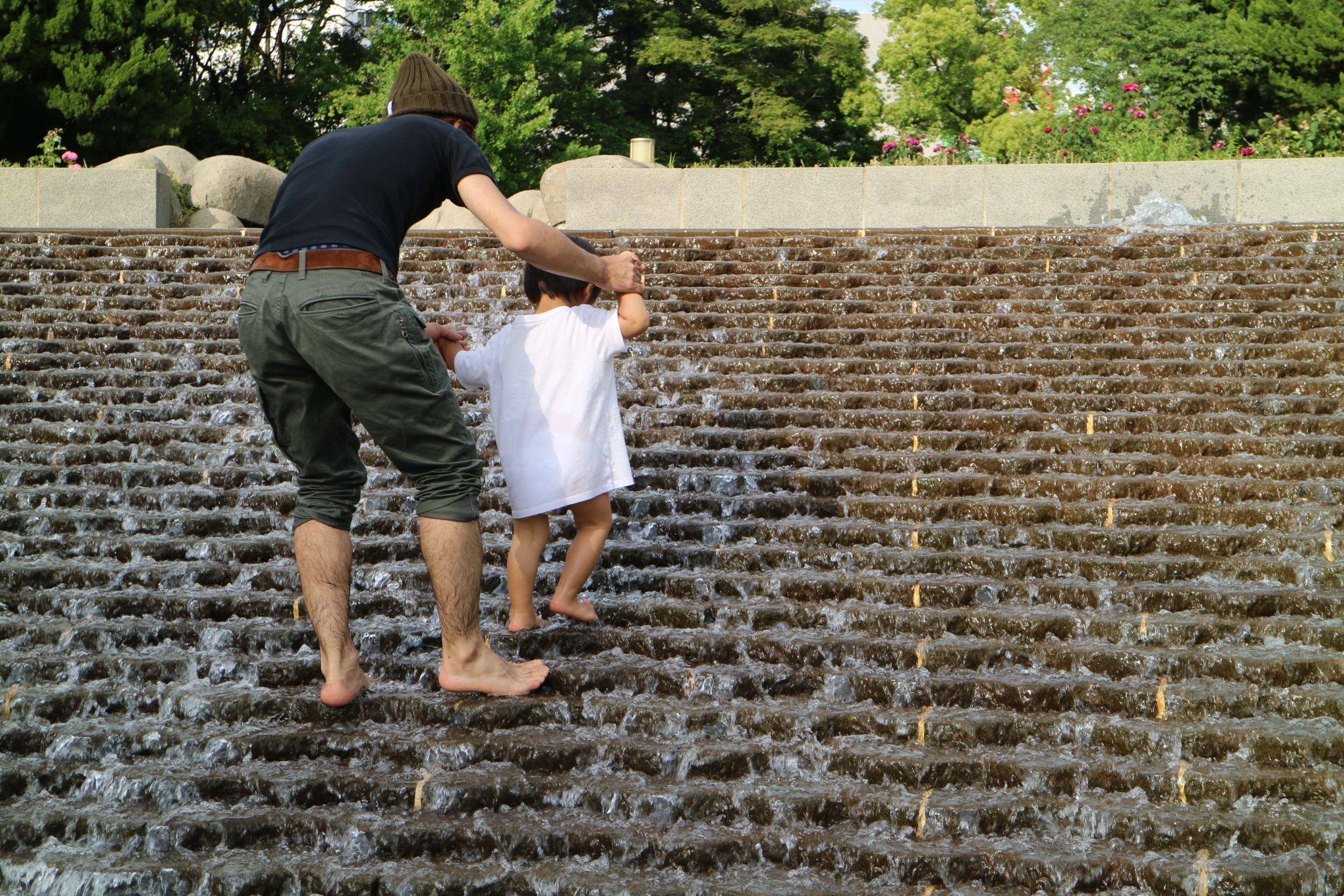 靭公園で水遊び