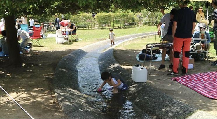 服部鶴見緑地で水遊び・BBQをしながら