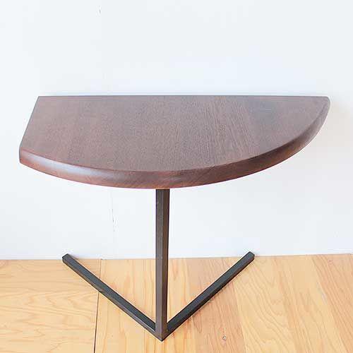 無垢オーク天板の半円ダイニングテーブルから三日月型のサイドテーブルにリメイク アフター