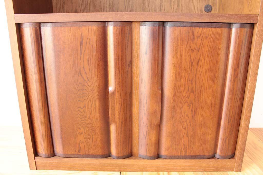 リメイク前のタンス扉の木目が生きたテレビラックの扉