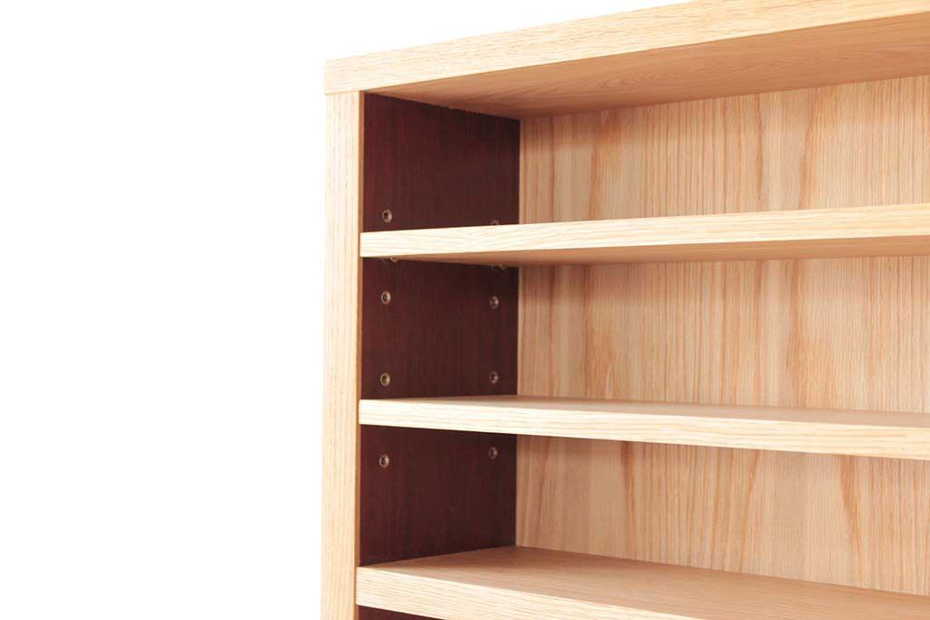 お客様のコレクションに合わせた寸法で棚を作ったリメイクキッチンボード