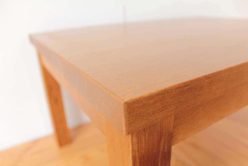 学習机の天板を面取りしてカットし座卓の天板に