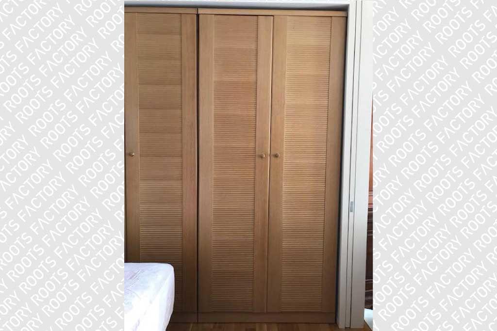 リメイク前の婚礼家具3枚扉グローゼット正面