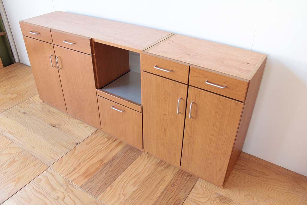 梁に収まるサイズに食器棚をリサイズリメイク