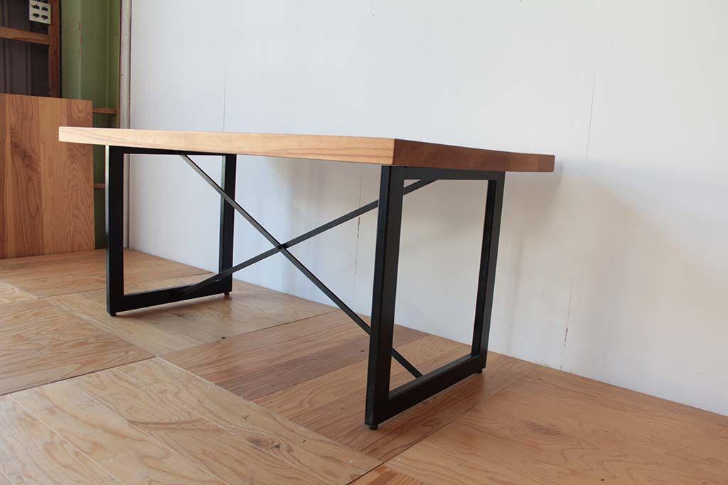 ダイニングテーブルアイアン脚をカット