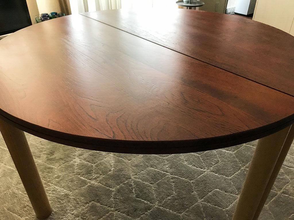 リメイクさせていただいたテーブルを納品させていただいた時