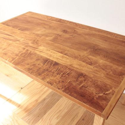 洋裁用作業板をダイニングテーブルにリメイクした事例