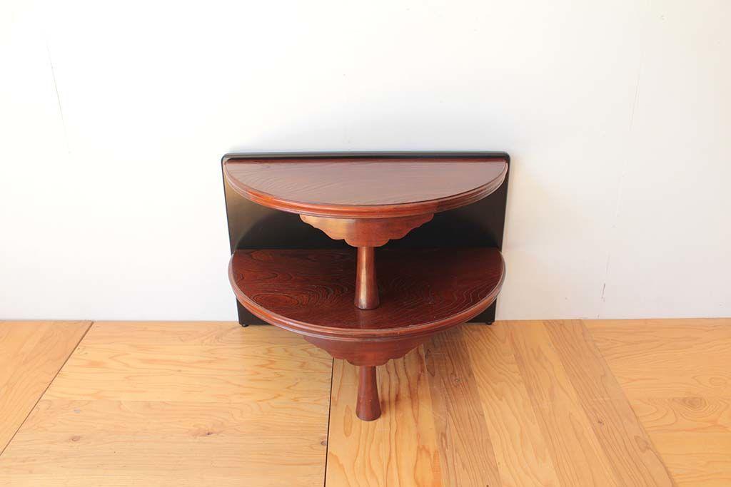 丸ちゃぶ台を半円形のお仏壇台にリメイクサイズの違う半円2段棚