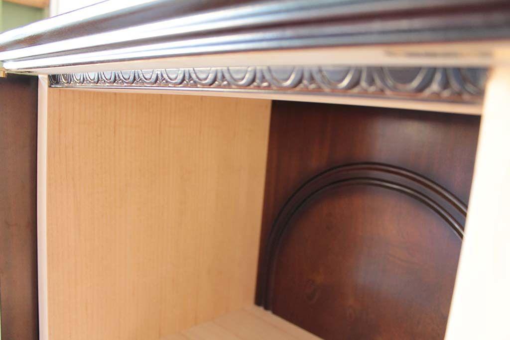 婚礼家具の和タンスをお仏壇にリメイク飾り縁は和ダンスを使用