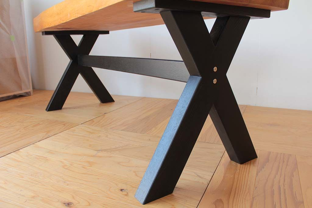 無垢座卓をダイニングテーブルにリメイク黒色のモダン仕上げ