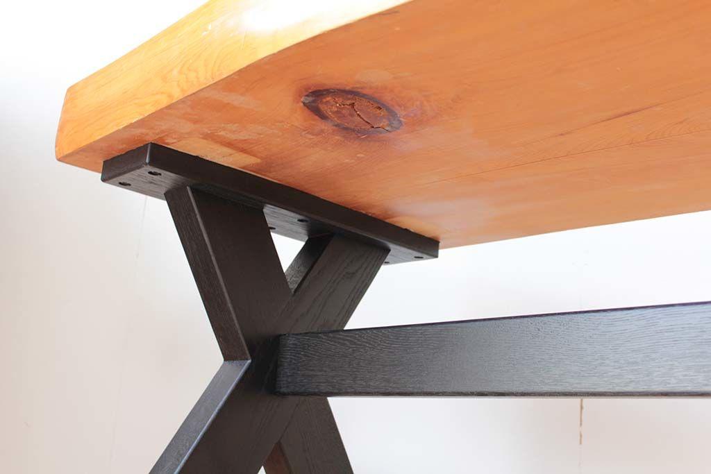 無垢座卓をダイニングテーブルにリメイク反りに合わせて脚を調整