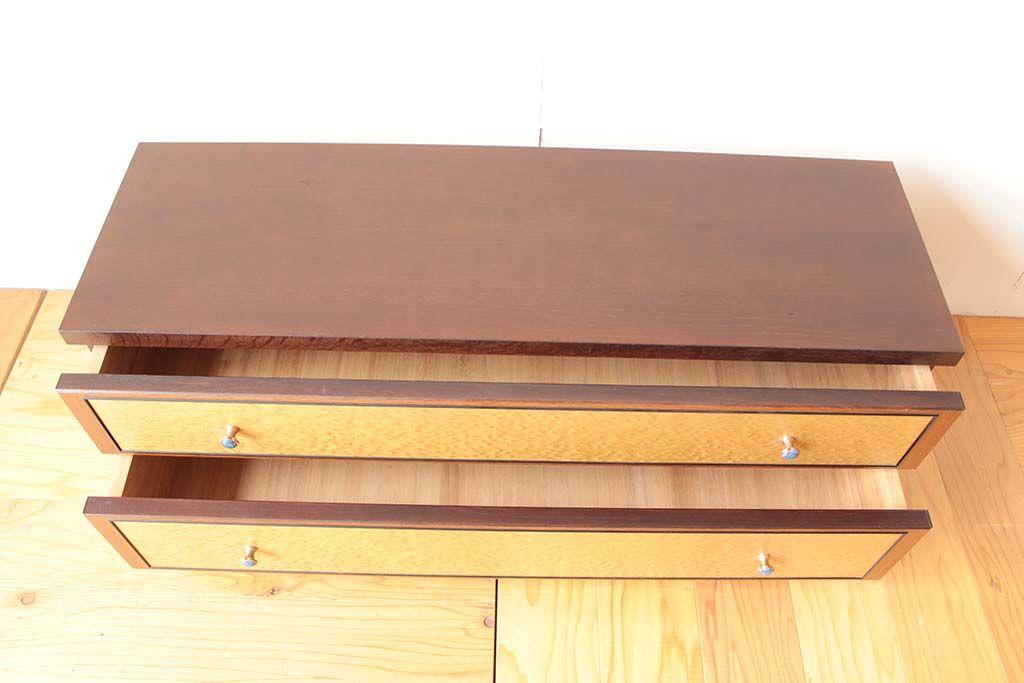 バーズアイ整理箪笥から2段キャスター付きテレビボードへリメイク前の雰囲気に合わせ塗装