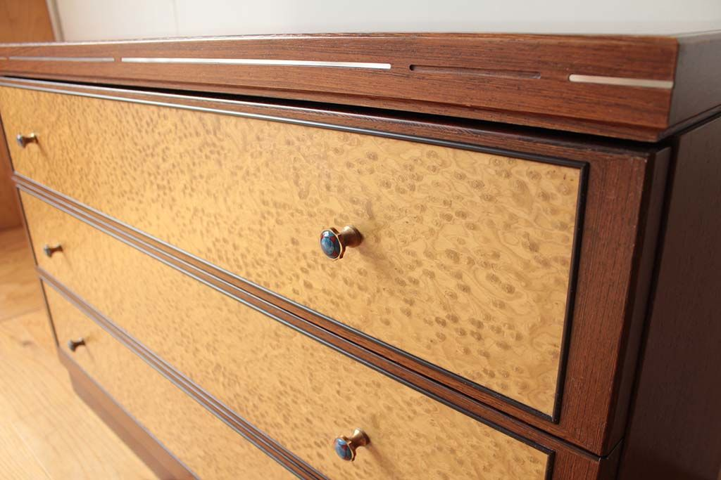 バーズアイ整理箪笥から3段チェストへリメイク天板や本体もそのまま使用