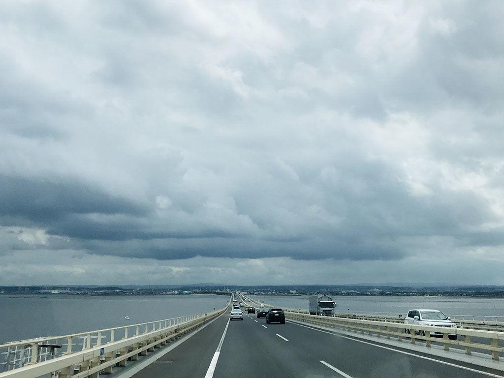 アクアラインを渡って東京-千葉を往復