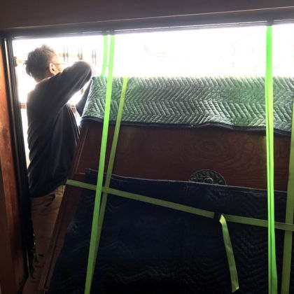 吊り降ろしでの家具搬出