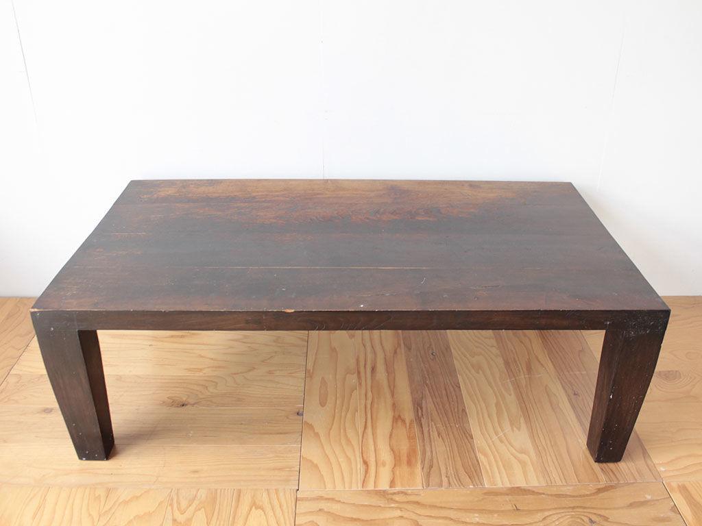 重く立派な無垢チークのローテーブル