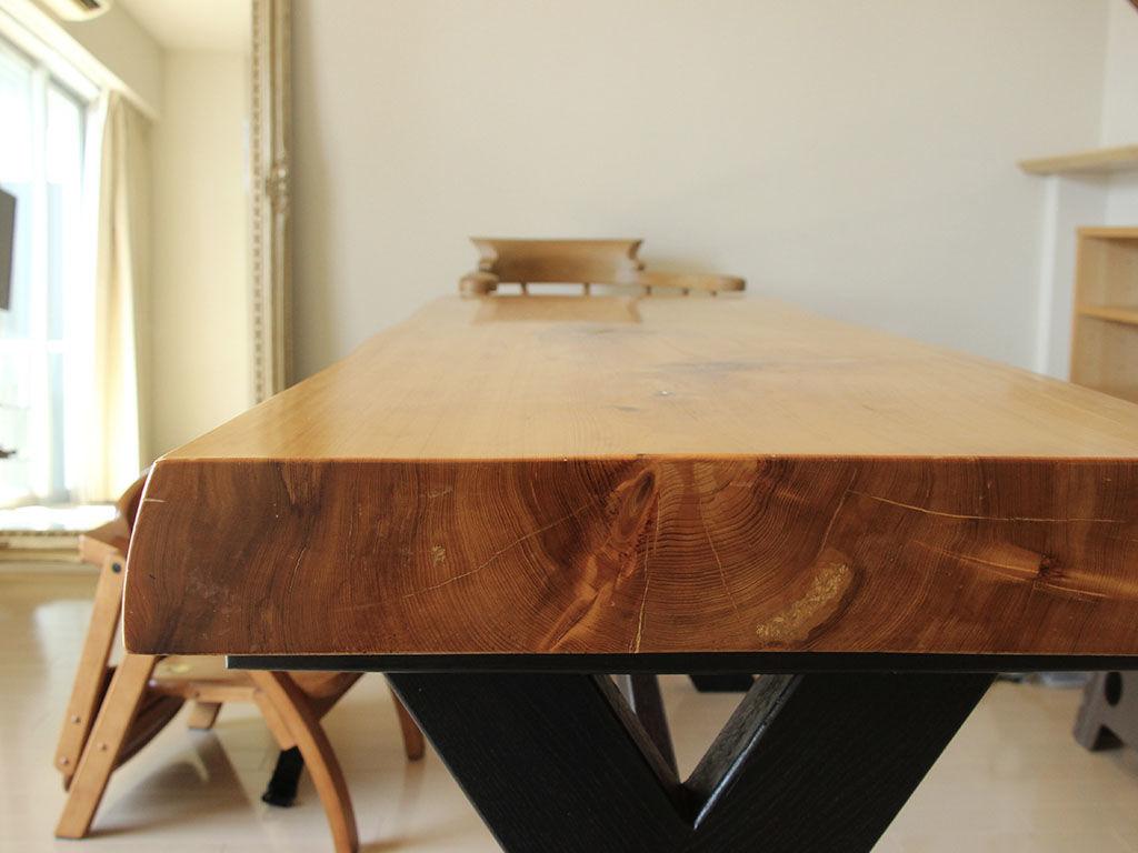 リメイクしたテーブルの側面