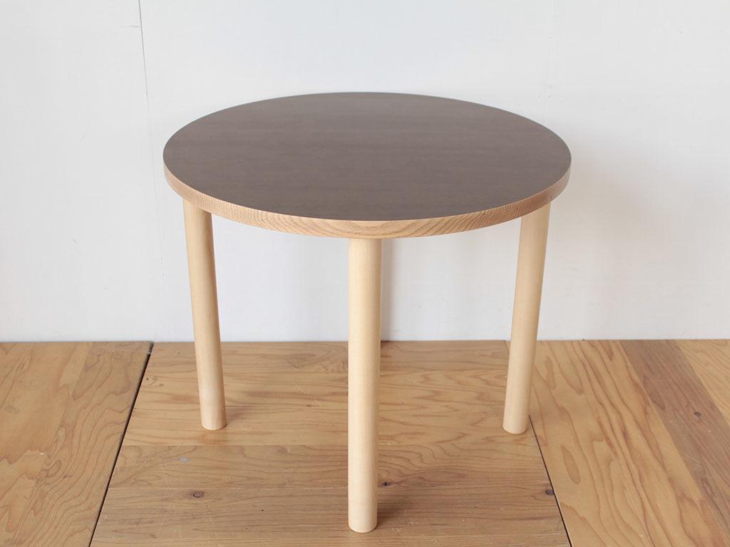 長方形の座卓をリメイクした円形ダイニングテーブル