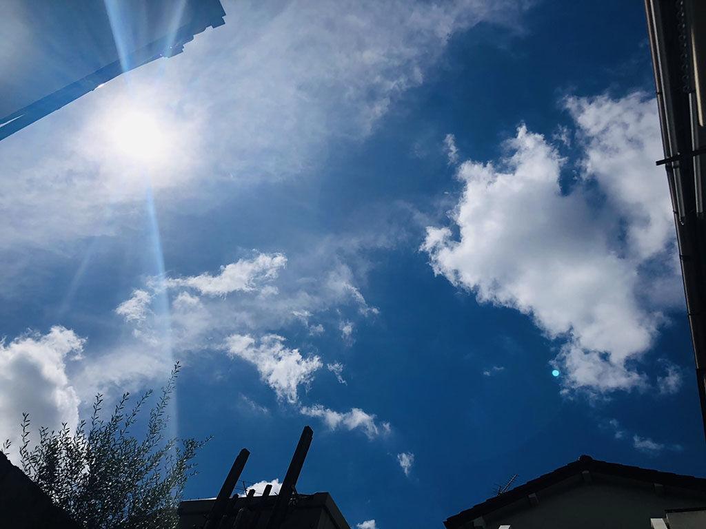 シモキタベースから見える青空