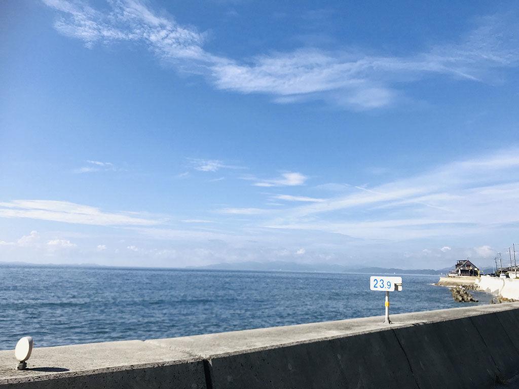 淡路島の気持ちが晴れるような美しい空と海