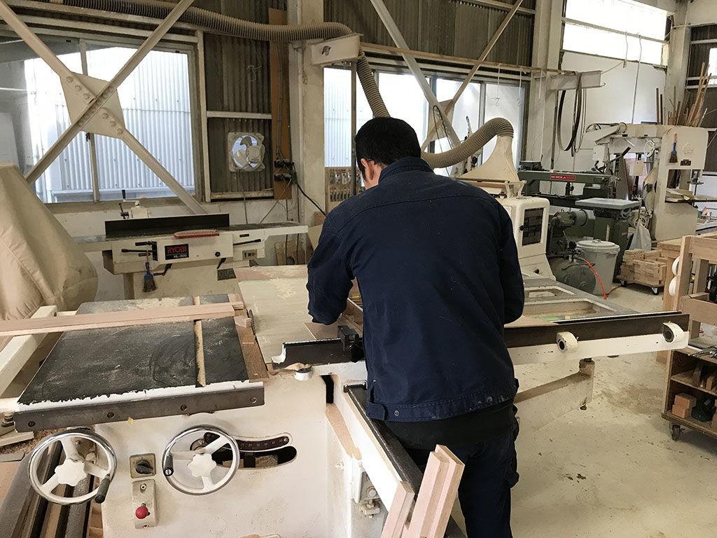淡路島工房で大切な家具製作をする際に出る端材