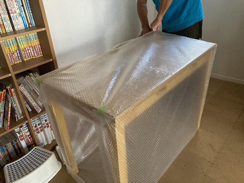 婚礼タンスからリメイクしたデスク2台をお客様のお子様のそれぞれのお部屋へ納品