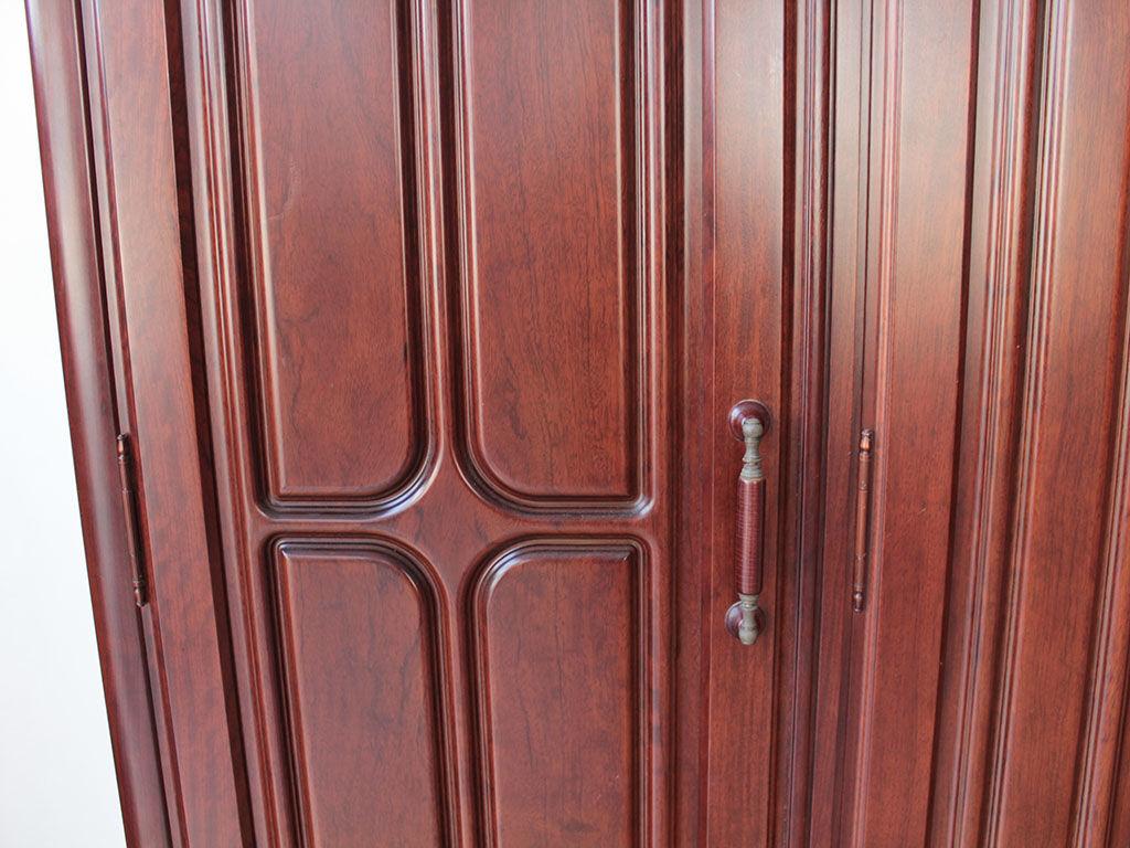無垢の紫檀が使われていた婚礼タンスの扉