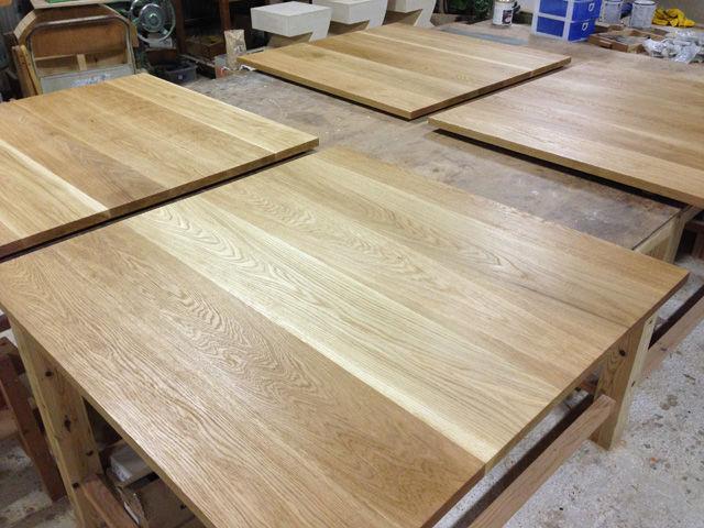 無垢オーク材のカフェテーブル 家具オーダーメイド事例:M001