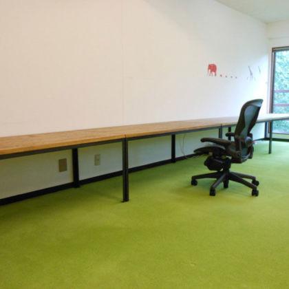 オーク天板×アイアン脚のオフィスデスク 家具オーダーメイド事例:M004