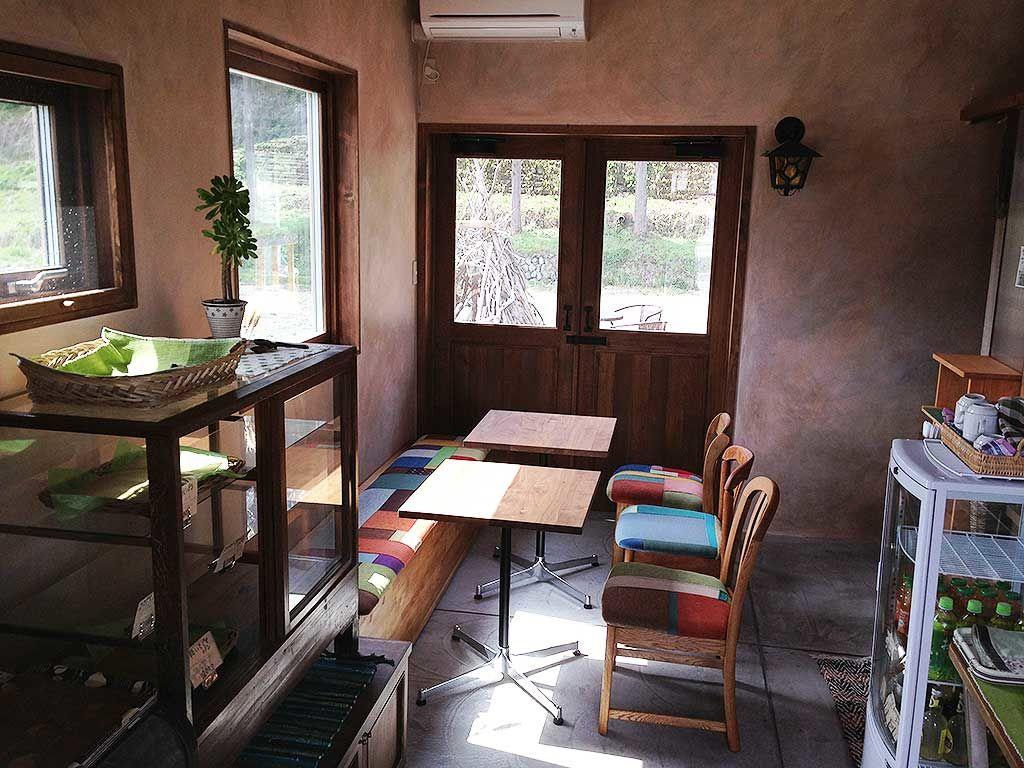 収納付きベンチとつぎはぎファブリックのチェア 家具オーダーメイド事例:M009