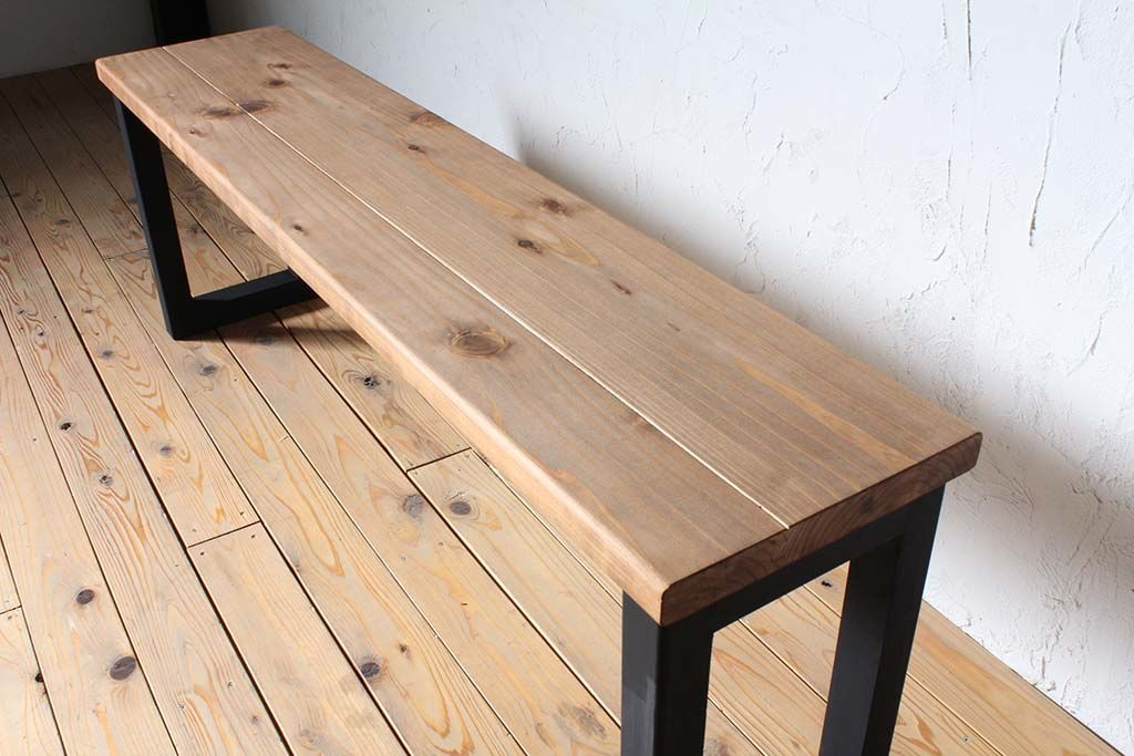 長机 別の場所でも使える壁面テーブル