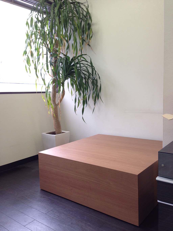 ボックス型のベンチテーブル納品写真
