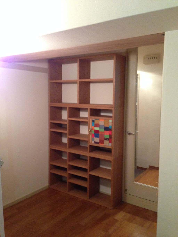 壁面高さや幅に合わせた壁面収納棚オーダーメイド事例:M024