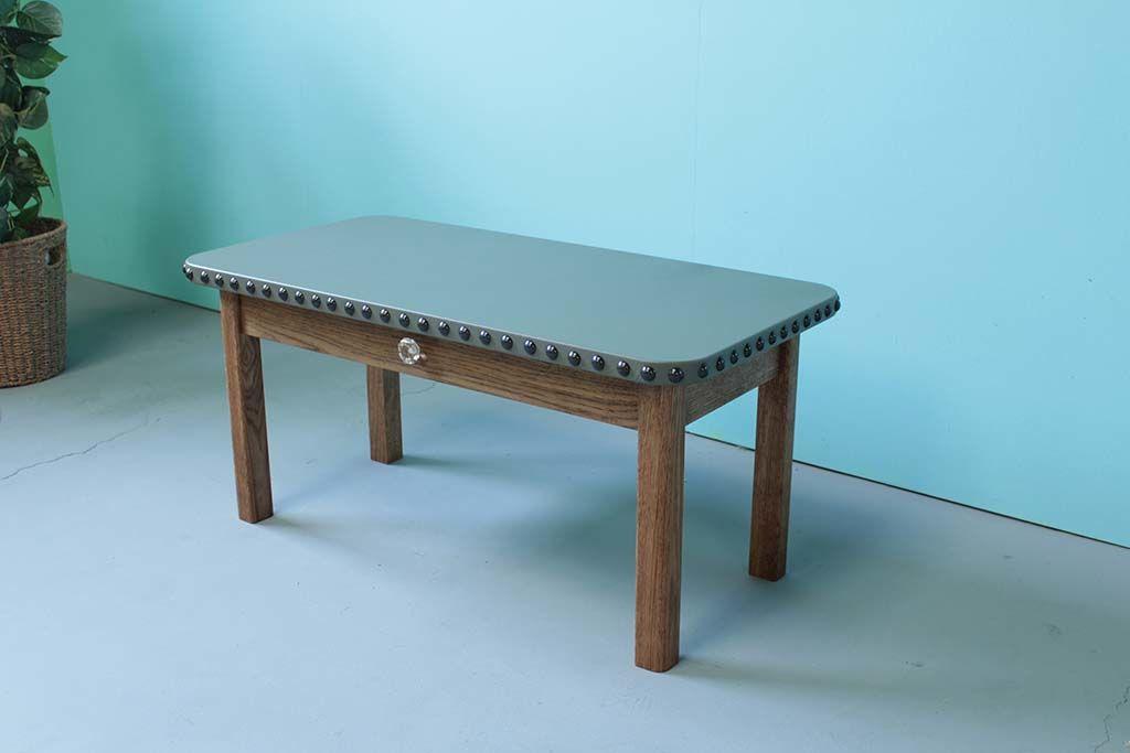 無垢オーク材ダーク色とレザー天板のローテーブル