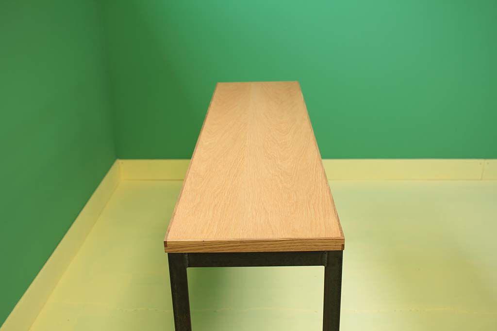 オーク材のナチュラルオイル仕上げのテーブル天板