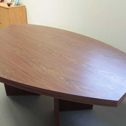 お米型のオフィスミーティングテーブルオーダーメイド事例:M062