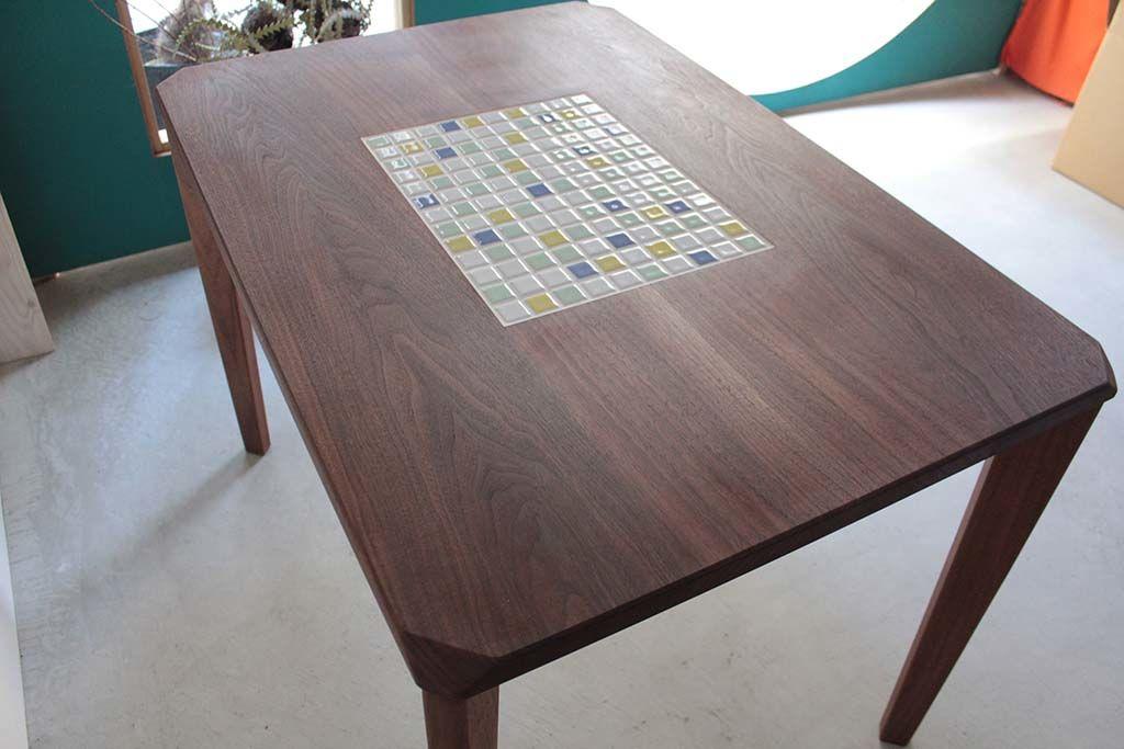 無垢ウォールナットのタイルテーブルオーダーメイド事例:M063