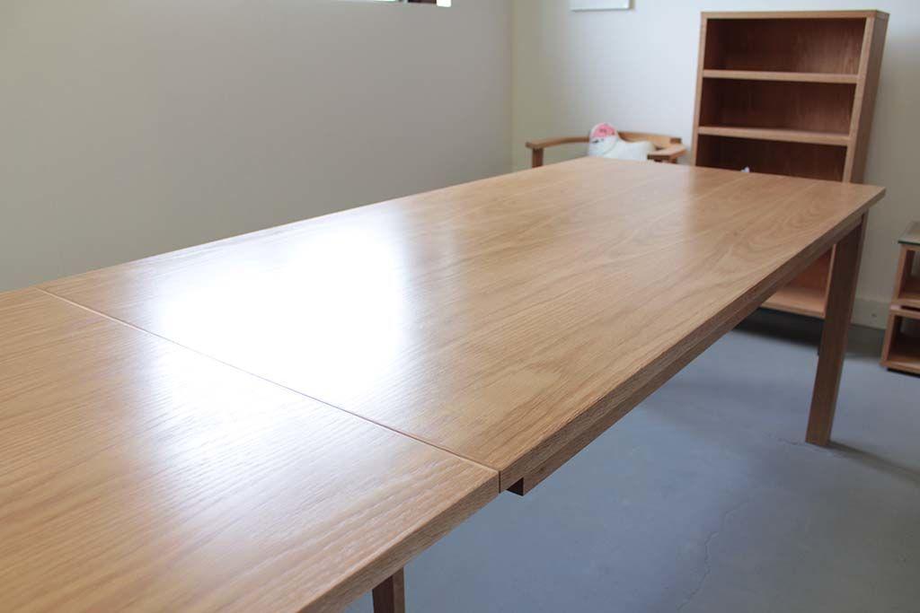 伸縮テーブル天板オーク材ウレタン仕上げ