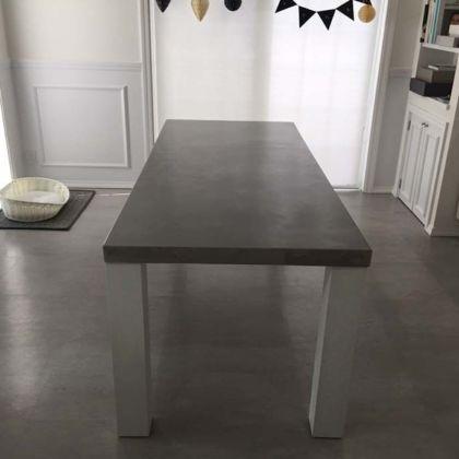 セメント天板のダイニングテーブルオーダーメイド事例:M067