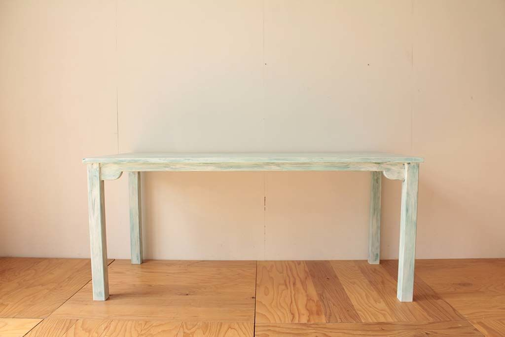 店舗用白色シャビー加工テーブル