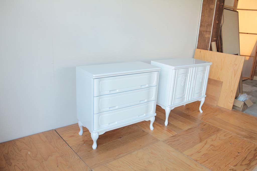 婚礼家具整理箪笥をホワイト猫脚チェストへリメイク