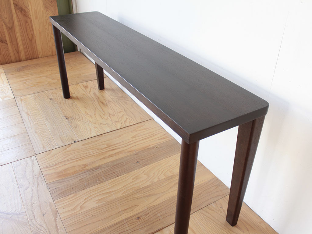 ダイニングテーブルを2分割してデスクにリメイク